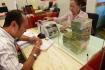 Ngân hàng vừa siết cho vay BĐS, vừa tìm đối tượng riêng để đẩy vốn