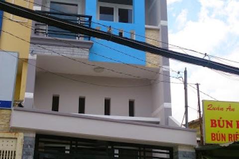 Cho thuê nhà MT Tân Hương, 4.5x20, đúc 3,5 tấm, 25 triệu/tháng