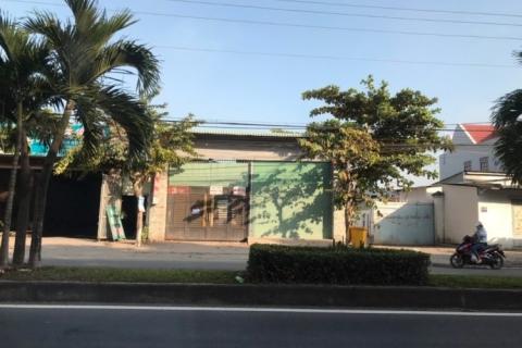 Cho thuê nhà MTKD Quốc lộ 57, ngay bệnh viện Đa Khoa Vĩnh Long, 1500m2, 25 trieuj/tháng