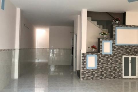 Cho thuê nhà Tân Quý, 4x12, 1 lầu, 3pn, gần MT đường 10 triệu/tháng
