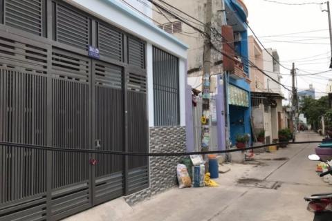 Cho thuê nhà hẻm 93 Bờ Bao Tân Thắng, 8x19, cấp 4, 10tr/t