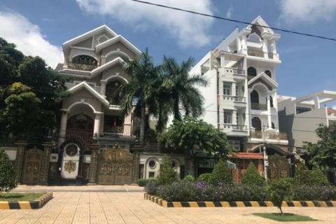 Bán nhà MT 299 Thoại Ngọc hầu, 8x45, nhà rất đẹp, đúc 4 tấm, nội thất cao cấp 55 tỷ
