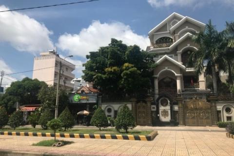Bán KS MT Võ Công Tồn, 7x17, 2mt, 4 tấm, gần chợ Tân Hương, 15.7 tỷ