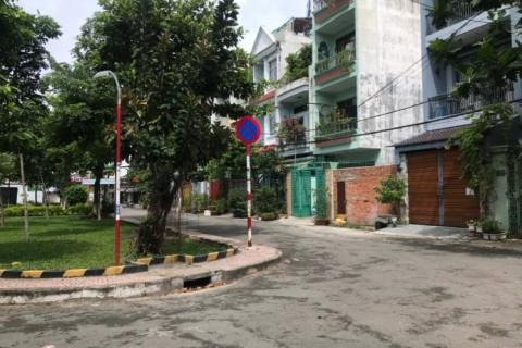 Bán nhà Tân hương, 8x18, gần Độc Lập, 11 tỷ